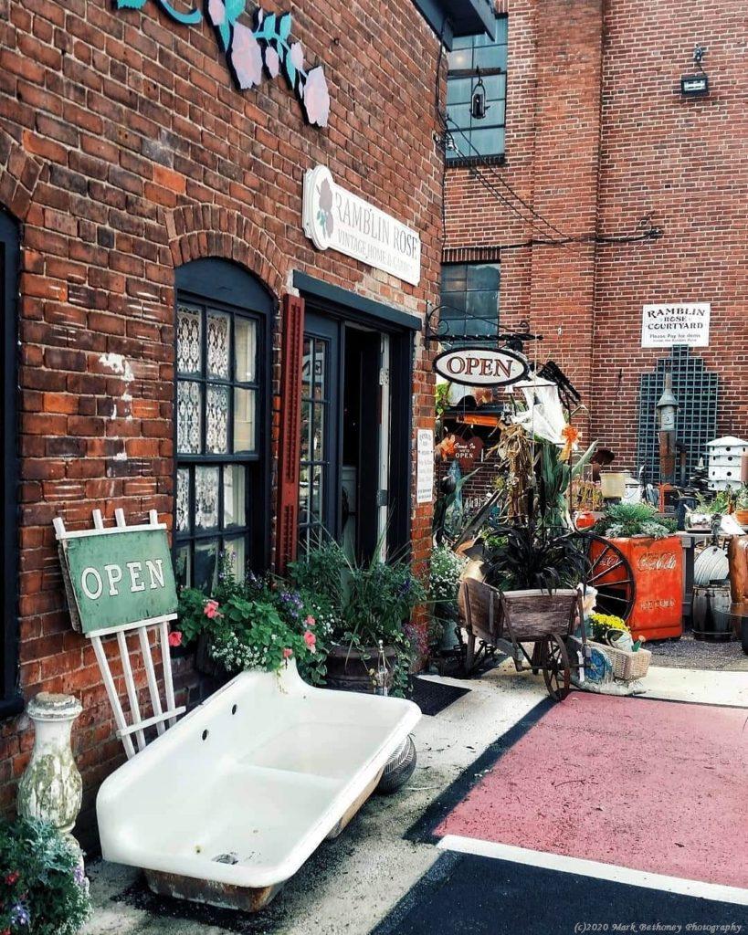 Vintage Antique Store scene